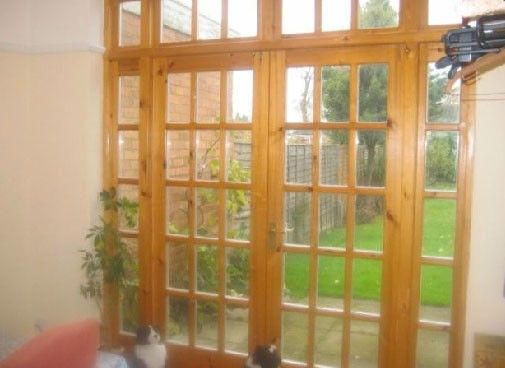 Wooden Byfold Doors1